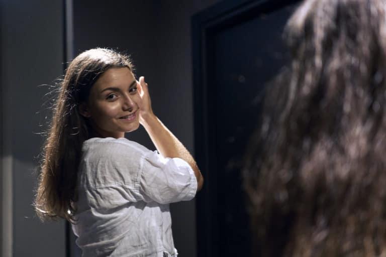 Annabelle portrait miroir