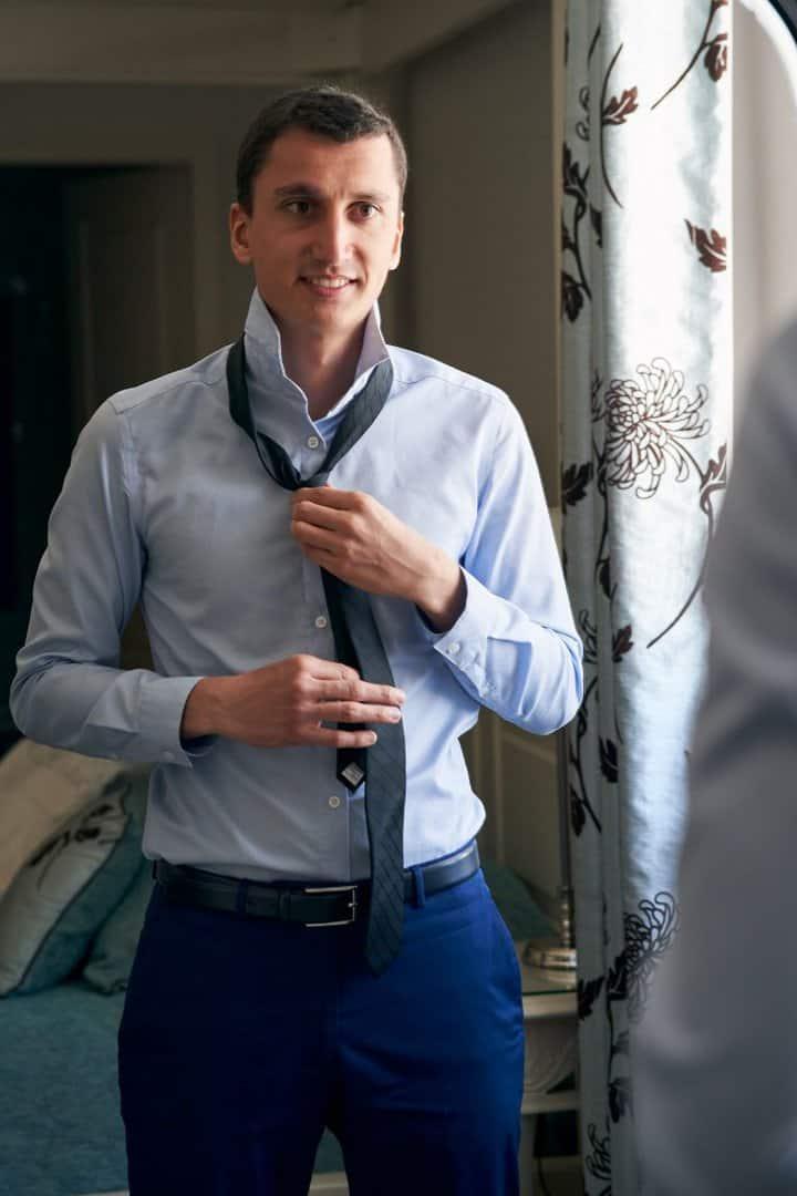 comment mettre une cravate mariage