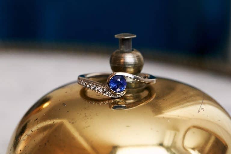 bague de fiançailles bleue hôtel lyon