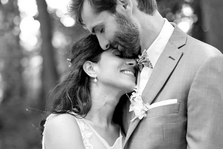 photo mariés séancce couple noir et blanc sone et loire photographes