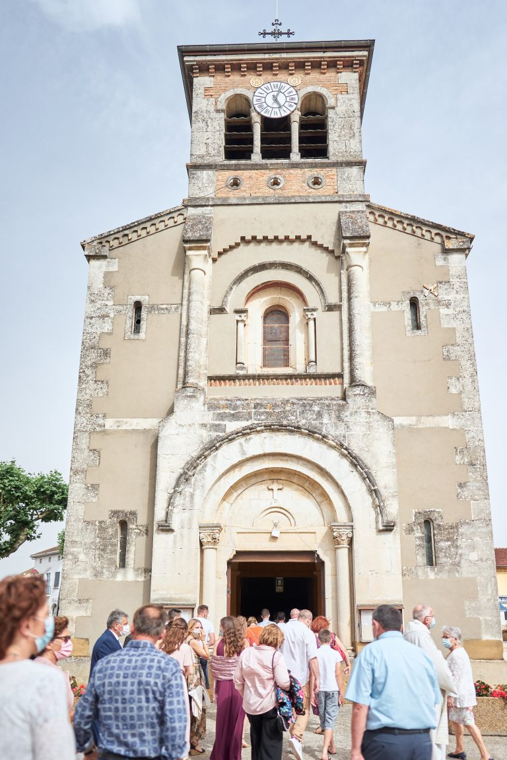 église lapeyrouse mornay mariage château