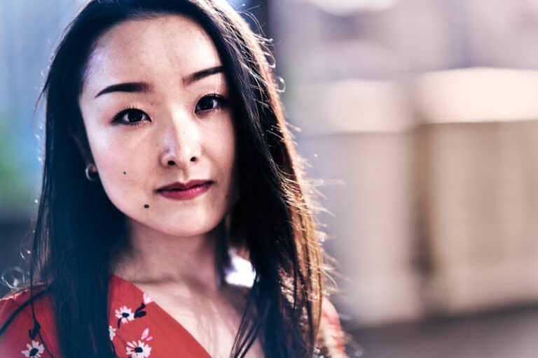 portrait jeune femme asiatique