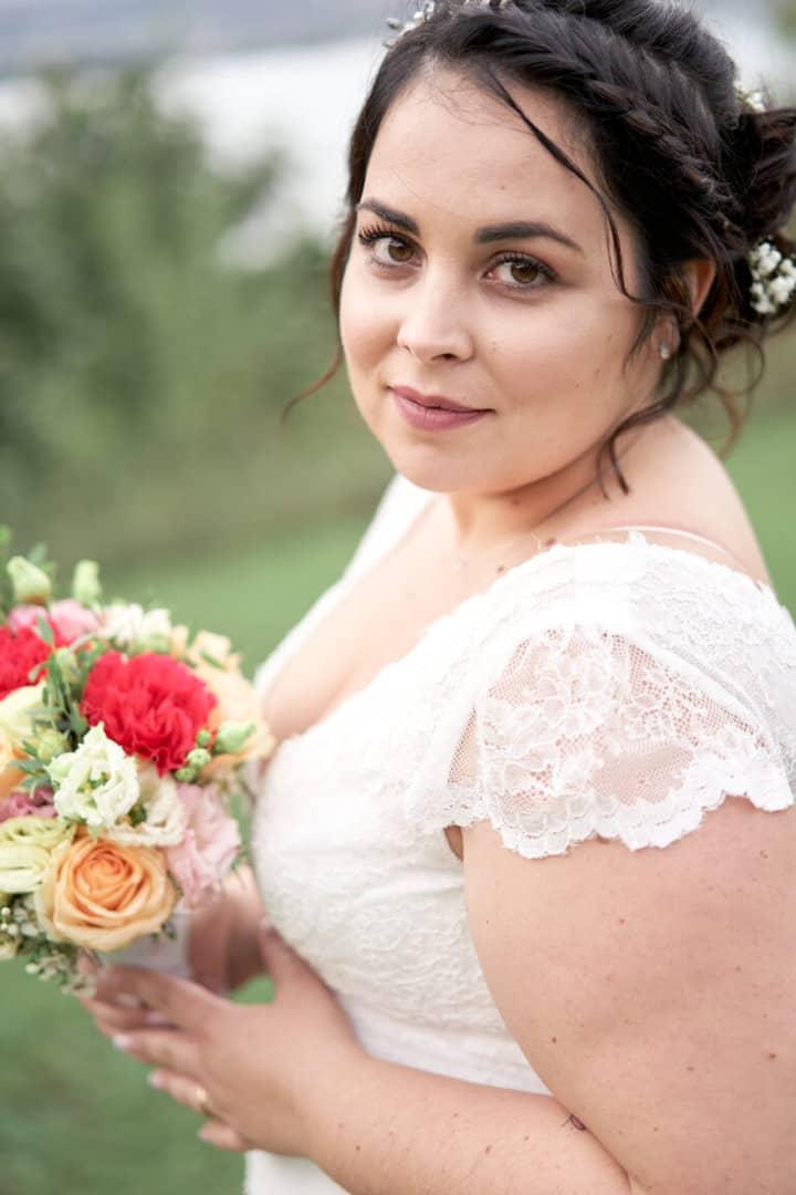 portrait femme couleur ronde mariée mariage annecy