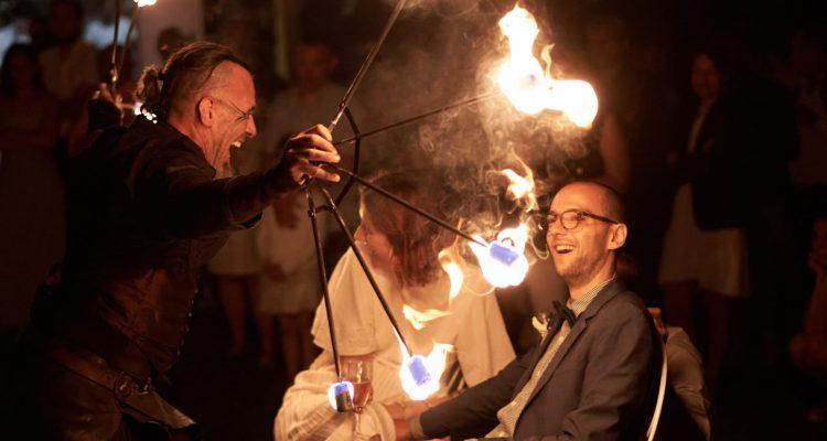mariage spectacle de feu charfetain
