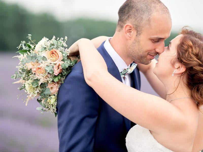 lavender field wedding photographer provence